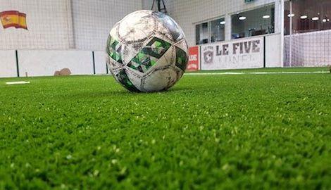 pelouse pour foot en salle