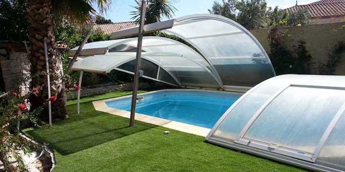 tour de piscine en gazon synthétique
